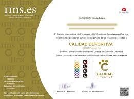 Diplomas Y Distintivos
