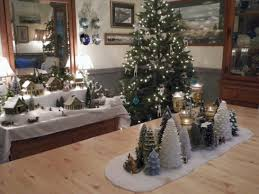 Image Holiday Beautiful And Charming Tabletop Christmas Trees Decoration Ideas 01 Round Decor 39 Beautiful And Charming Tabletop Christmas Trees Decoration Ideas