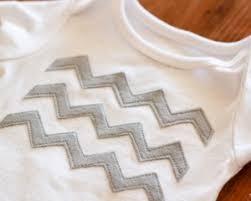 20+ Easy Chevron Quilt Patterns | FaveQuilts.com & Felt Chevron Stripes Applique Adamdwight.com