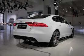 2016 Jaguar XF is Light on Weight, Heavy on Tech » AutoGuide.com News