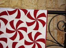 Ahhh...Quilting: Peppermint Swirl Quilt & Just a big swirl inside each peppermint using a groovy board. Of course I  wanted to do something amazing and fancy, but lets face it, ... Adamdwight.com