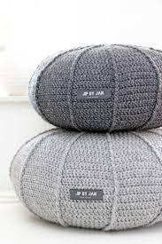 Gehaakte ribbelpoef Lang Yarns Sempione #crochet #haken