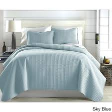 king quilt set blue oversized solid 3 piece quilt set by fine linens light blue king