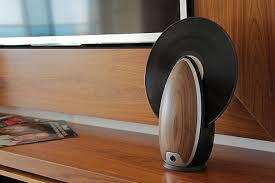 vertical-vinyl-record-player-toc-roy-harpaz-5