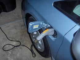 Review: 2012 Toyota Prius Plug-In Hybrid - Autosavant   Autosavant