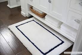pottery barn bathroom rug