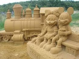 Les statues de sable  Images?q=tbn:ANd9GcQoR_cBPlvAyNZ-75YNyUJB984xcHx4nD8RKCYWcu9UZxI54nFhjw