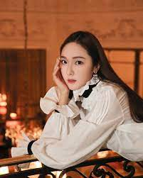 Jessica shines brightly in photos taken while attending Hermes show in  Paris | Jessica jung fashion, Jessica jung, Gorgeous girls