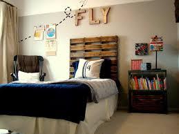 awesome dorm room ideas best 1 cool headboard idea for boys room boys room dorm room
