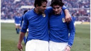 Addio Paolo Rossi, la leggerezza del campione quando circolò la storia che  lui e Cabrini fossero gay