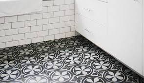 20 black and white bathroom floor tile design to refresh the bathroom look black and white kamboja flower bathroom floor tile motif