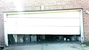 liftmaster garage door wont close light blinks 10 times garage door wont stay closed liftmaster garage