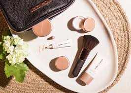 that was until recently when i tried out by nature s plexion essentials starter kit for the first time and i was reminded how good mineral makeup