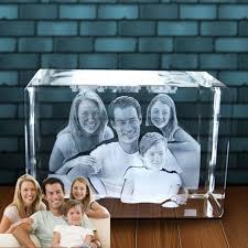 3d photos in glass