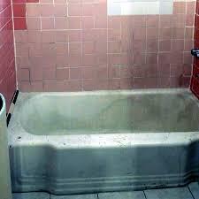 bathtub and wall before reglazing