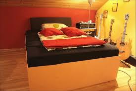 Paletten Zu Möbeln ökologische Und Gesundheitliche Aspekte Bett Aus