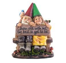 amazon sitting gnome couple garden statue 11 1 2 inch garden outdoor