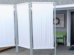 Diy Room Screen How To Make An Outdoor Privacy Screen From Pvc Pipe Hgtv
