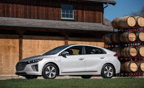 2018 hyundai plug in hybrid. brilliant 2018 the 2018 hyundai ioniq plugin hybrid was fully charged and eco mode  selected pulling out onto a busy boulevard we suppressed the urge to floor  inside hyundai plug in