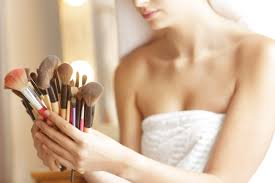 how to clean your makeup brushes and how often you should do it