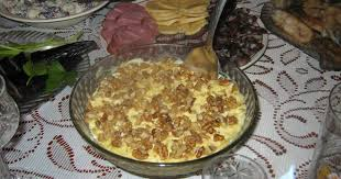 Салат с курицей, <b>ананасами</b> и грецкими орехами - пошаговый ...