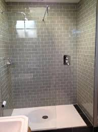 Tudor Farmhouse Hotel: Our walk-in shower