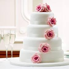 Four Layer Anniversary Cake At Rs 3999 Kilogram Sector 14
