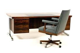 Mid century modern office desk Modernist Office Mid Century Modern Office Desk Chair Magnificent By For Sale At Mo Lottokeepercom Mid Century Modern Furniture Office Chair Desk Gallery Dcarly