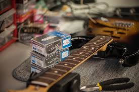electric guitar circuitry facbooik com Dean Guitar Wiring Diagram guitar wiring diploma course seymour duncan dean bass guitar wiring diagrams