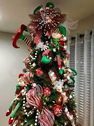 pin de madelin castillo en elf christmas tree pinterest
