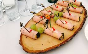 Доставка блюд на защиту диссертации на человек от компании  Витки Французские