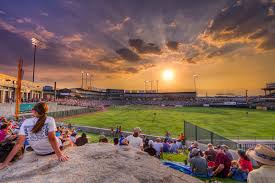 people watch a baseball game in round rock tx