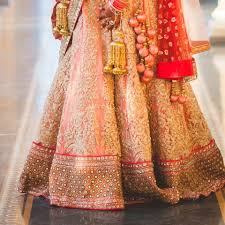 Designer Gowns In Chandni Chowk The Best Chandni Chowk Lehenga Shops By Budget Frugal2fab
