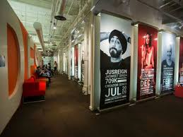 google office youtube. Google Has Opened Its First YouTube Office In Canada, At George Brown College. The 3,500 Square Foot Space Is Open To All YouTubers With Over 10,000 Youtube