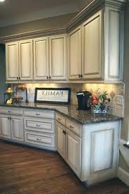 glaze for kitchen cabinets antique white glazed cabinets best white glazed cabinets ideas on glazed kitchen