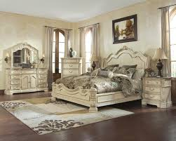 Glamorous Distressed Wood Bedroom Set with Cute White Distressed ...