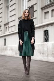 look en tendencia para el otoño-invierno, falda plisada en color ...