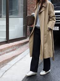 trenchcoat 1 here s a trendy street style look which you can simply sport gray shirt straight cut pants and sneakers
