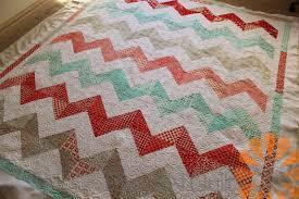 Piece N Quilt: Machine Quilting with Contrasting Thread & Machine Quilting with Contrasting Thread Adamdwight.com