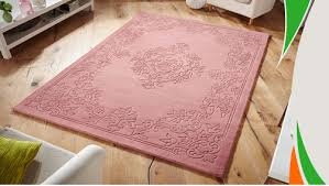 pink grid list