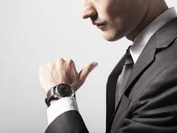 the best watches for under 1 000 business insider