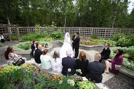 anchorage wedding laura mark at the alaska botanical gardens by joe connolly