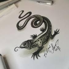 тату эскиз ящерица эскиз нарисован лайнерами Fabercastell