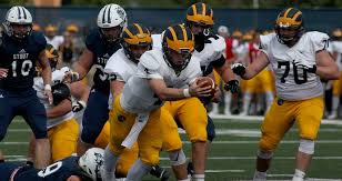 Football Defeats Uw Stout 41 31 Gusties Enter Conference