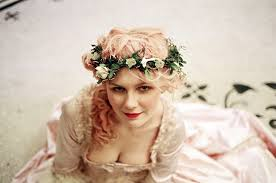 the best flower crowns of all time from frida kahlo to jennifer lawrence vogue