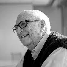 Pai de Bill Gates morre aos 94 anos: