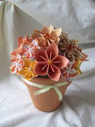 Paper Flower Centerpieces At Wedding Paper Flower Centerpieces Pinterest Kadil