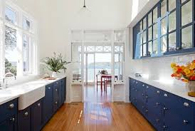 Ideas, photos and practical tips on accessorizing your small kitchen. 60 Galley Kitchens Inspirations Planning Tips And Gallery Elonahome Com
