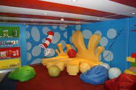 carnival dom review cruising kids dr seuss bookville
