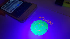 Black Light From Phone How To Turn Your Phone Into A Black Light Tech Advisor